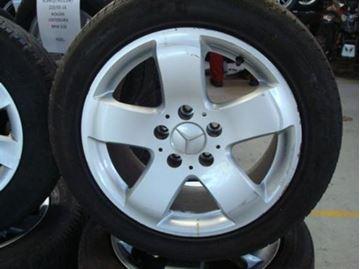 Billede af Mercedes 201 komplet hjulsæt