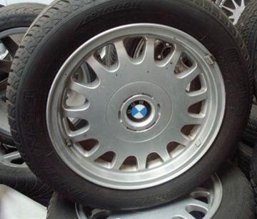 Billede af BMW alu-fælge med dæk